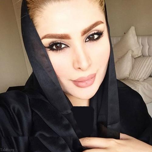 rehrth resize 1 - زندگینامه دنیا جهانبخت مدل ایرانی و مدیر سایت شرط بندی هات بت با حاشیه ها